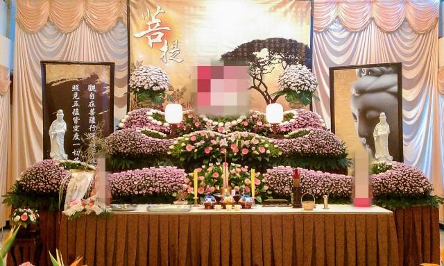 乙級廳 告別式鮮花佈置
