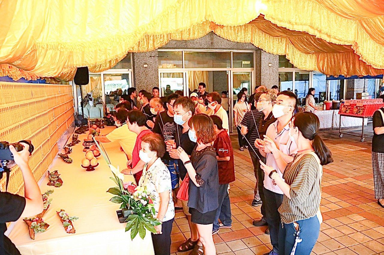中元普渡法會的意義 凝聚心念和團結家人